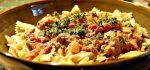 طرز پخت سوسیس پاستا با گوجه فرنگی