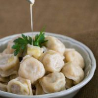 دستور پخت پلمنی یک غذای روسی خوشمزه