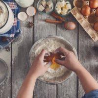 نکات لازم برای تهیه انواع کیک