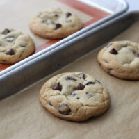 کدام بهتر است؟ کاغذ روغنی یا سیلیکونی مخصوص شیرینی پزی