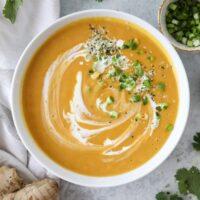 طرز تهیه سوپ سیب زمینی شیرین