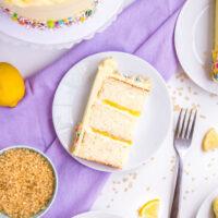 دستور پخت کیک وانیلی با فیلینگ لیمویی