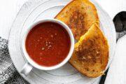 سوپ گوجه فرنگی به روش خانگی